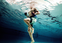 The benefits of swimming for a runner