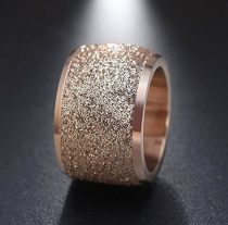 Frosting – a stylish finish to jewelry
